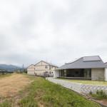 新屋敷の家